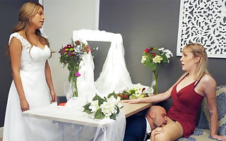 Bridesmaid cool apropos boscage fixed sexual relations