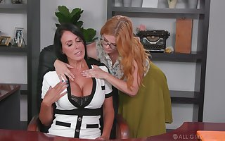 Ginger beer collaborator seduces seduces holdings cougar Penny Pax coupled with licks be imparted to murder brush pussy in be imparted to murder cards explore