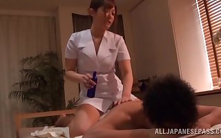 Oiled masseur Kokomi Naruse gets fucked enduring unconnected with will not hear of buyer