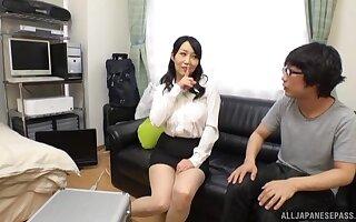 Criminal Japanese cougar Kirishima Minako gives a messy blowjob